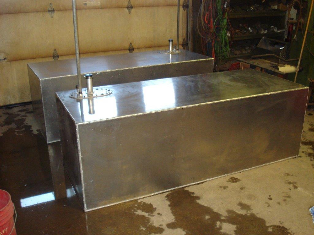 Lakecraft Corporation - Fabrication - Lakecraft Machine shop Boat Fuel Tanks